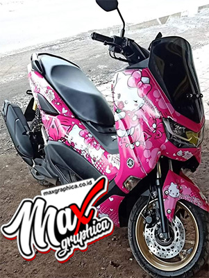 decal-new-nmax-helo-kitty-1-maxgraphica.co.id