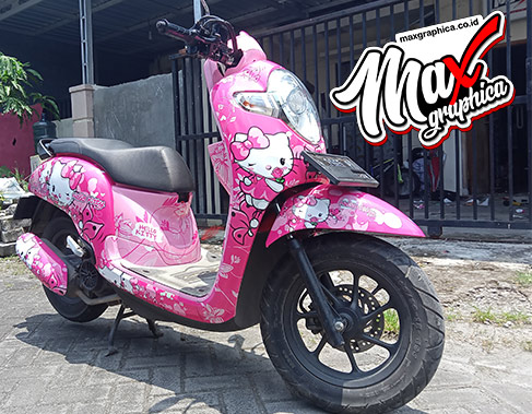 decal-scoopy-helo-kitty-4-maxgraphica.co.id